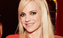 In The Zone: 'Mom' star Anna Faris on preparing for the big game, life with a buff Chris Pratt and life lessons from her mom
