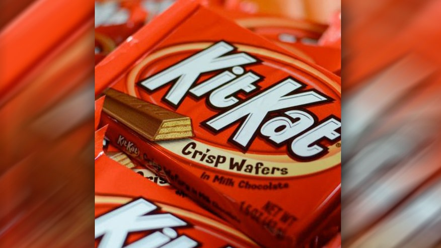 Lifestyle: A woman wants Nestle to give her a lifetime supply of Kit Kat candy bars after she found packages without the crispy wafer ingredient