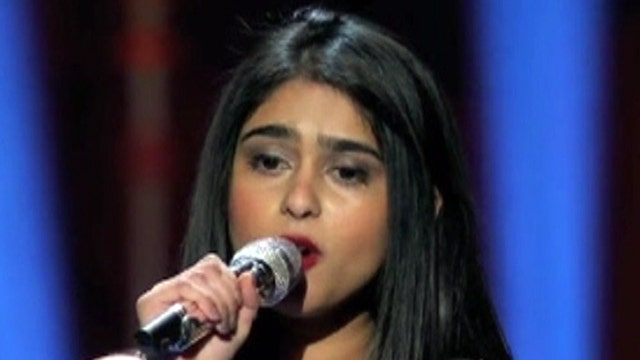 'American Idol' hopefuls go it alone