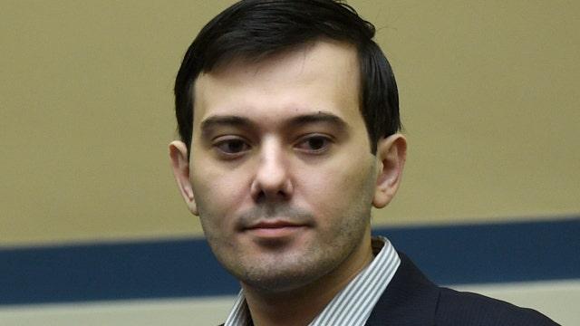 Watch Martin Shkreli smirk, mock lawmakers at House hearing