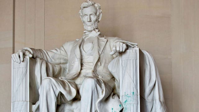 Presidents Day gift for the Lincoln Memorial