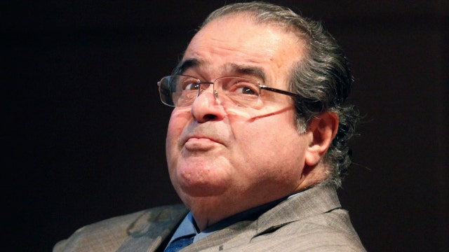 Death of Justice Scalia sparks heated political battle