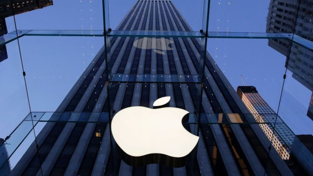 Your Buzz: Is Apple protecting terrorists?
