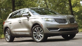 FoxNews.com Automotive editor Gary Gastelu takes a look at the all-new 2016 Lincoln MKX.