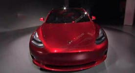 Tesla entices car buyers to electric vehicles
