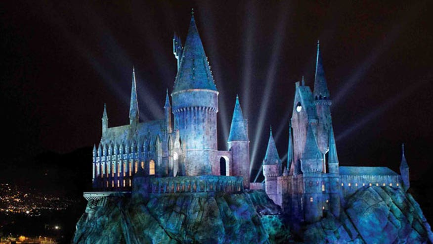 FNC correspondent Michael Tammero takes a whimsical look at The Wizarding World of Harry Potter, now open at Universal Studios Hollywood.