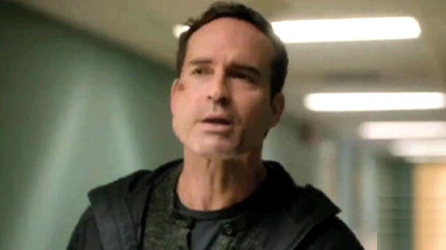 'Wayward Pines' star: There will be blood