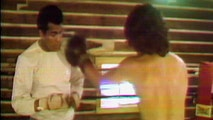 A few days before 1975's historic 'Thrilla in Manila,' Geraldo visited the champ's Pennsylvania camp for some lessons in the ring