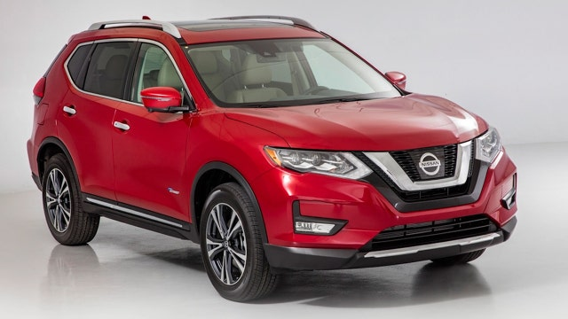 Nissan is going Rogue