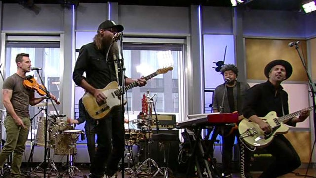 After the Show Show: Crowder plays 'Back to the Garden'