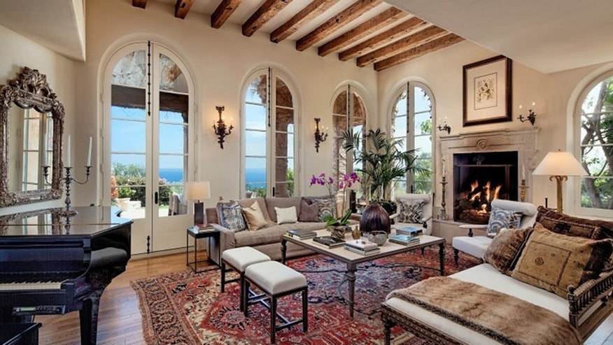 Hot Houses Jeff Bridges Tuscan Style Mansion And Candace