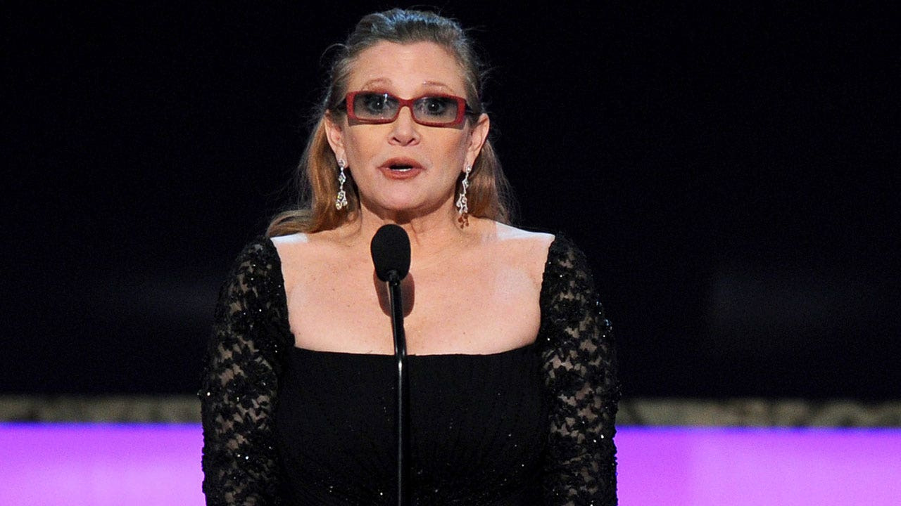 Carrie Fisher had wrapped 'Star Wars: Episode VIII' prior to death