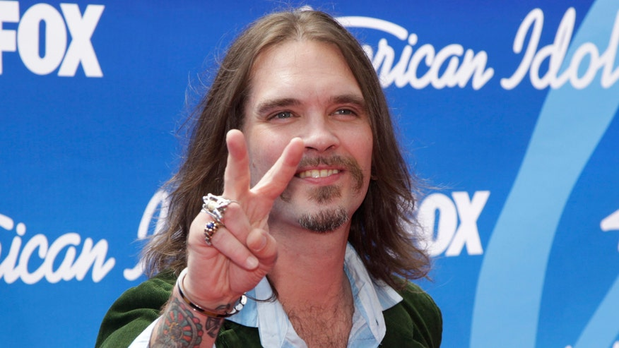 Former American Idol contestant Bo Bice claims he was a victim of racism at Popeyes, when a black employee allegedly called him a 'white boy'