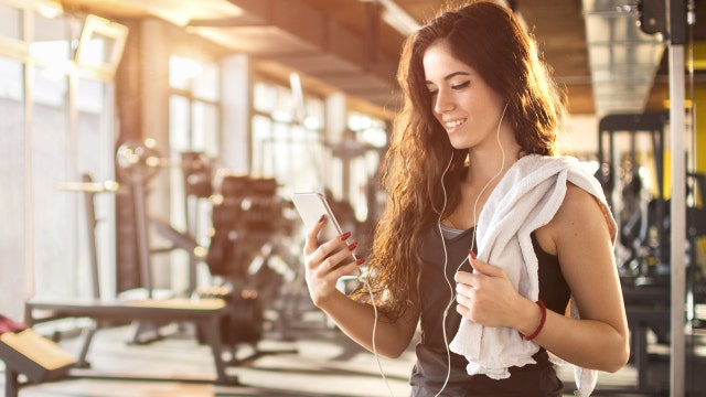 Toy warning, phones ruin workouts, new caffeine benefit