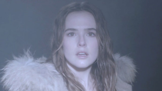 Zoey Deutch says new movie isn't your typical teen flick