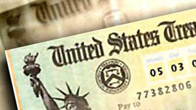 Most Americans show no urge to splurge their tax refund