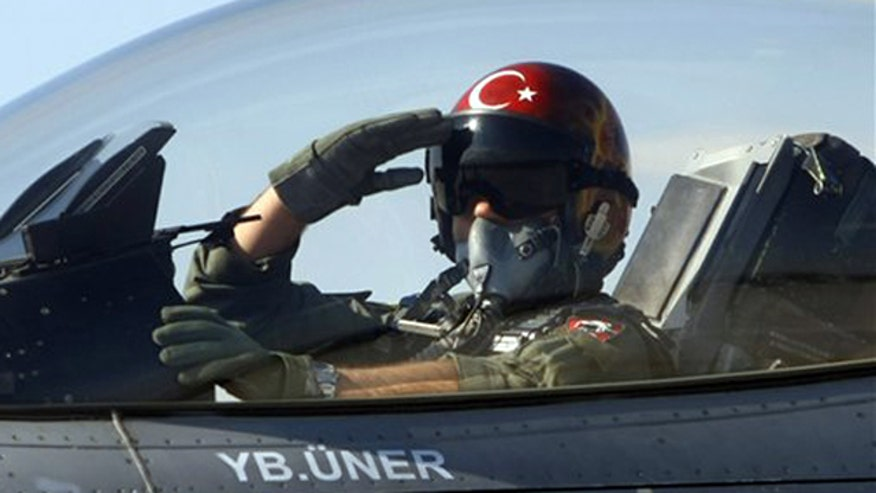 Syrian forces shot down Turkish jet