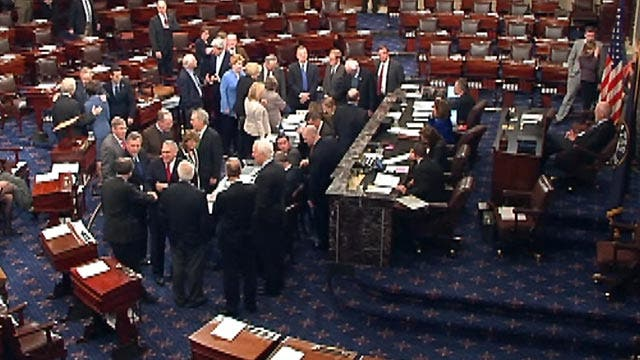 Senate passes measure to avoid 'fiscal cliff'