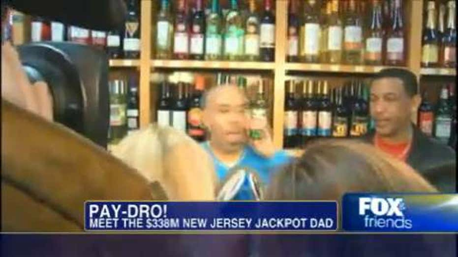 NJ Dominican Wins $338M Powerball