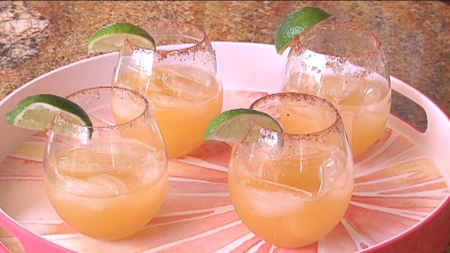 Mi Cocina's Elizabeth Carrion teach us how to prepare a delicious and refreshing Passion Fruit Margarita.