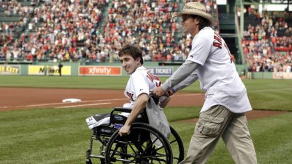 Red Sox Honors Boston Bombing Heroes