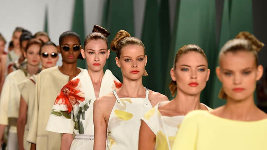 Fashion designer Carolina Herrera explains her Spring 2015 collection.