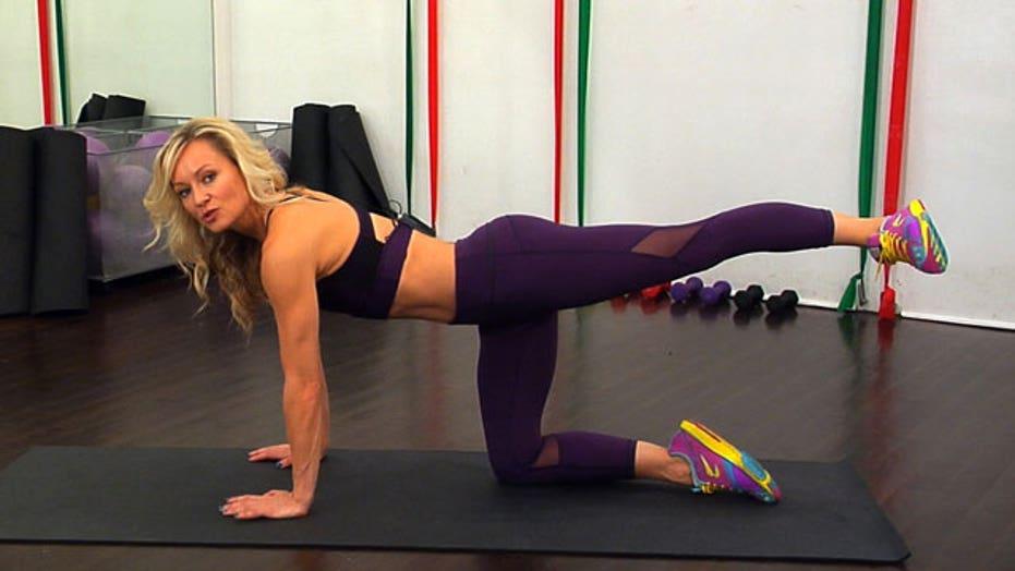 Simone De La Rue's Quick Cardio Workout