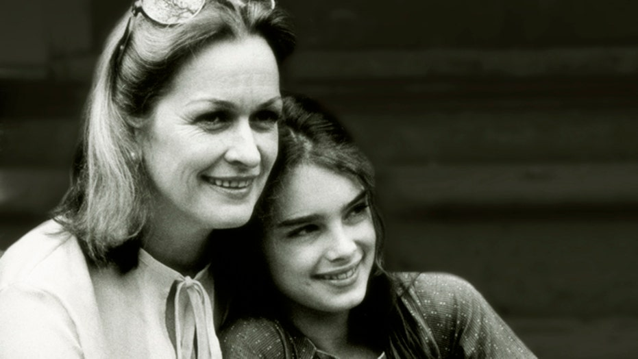 Brooke Shields' Relationship With Mom Teri Inspires New Book
