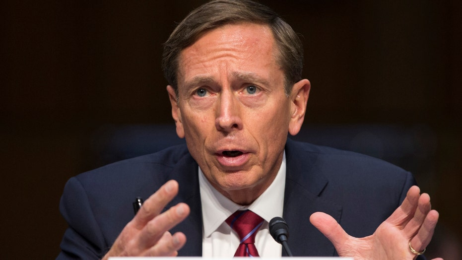 Petraeus apologizes for giving classified info to mistress