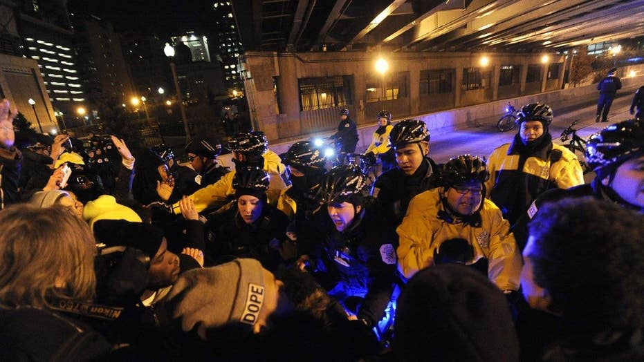 Police brace for another night of protests in Chicago