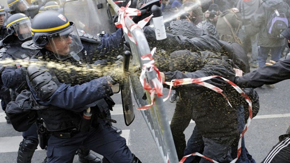Paris: Protesters clash with police ahead of Climate Summit