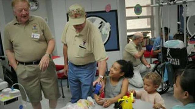 95-year-old veteran makes toys for children in need
