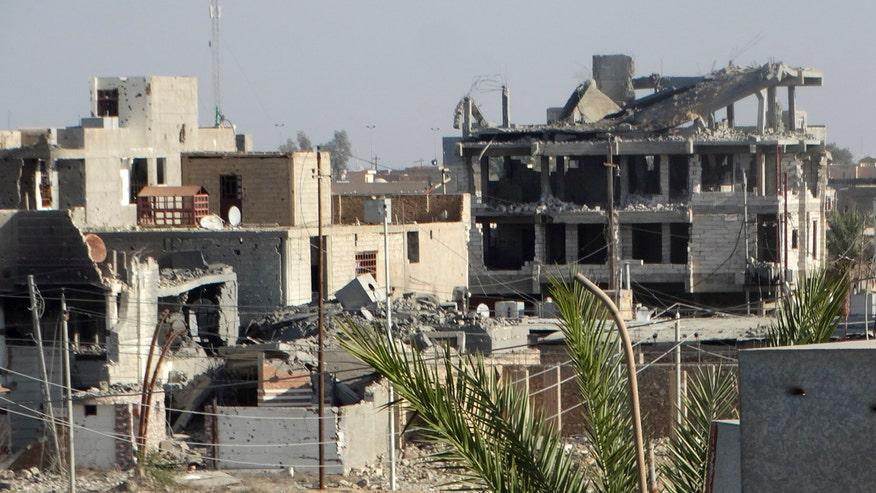 Iraqi ground forces prepare to retake the city