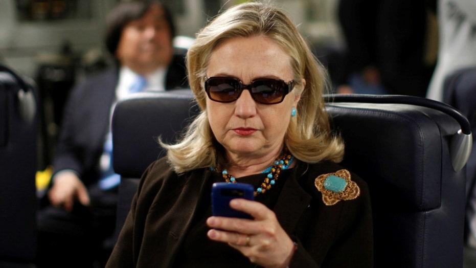 Top GOP senators probe into Clinton emails
