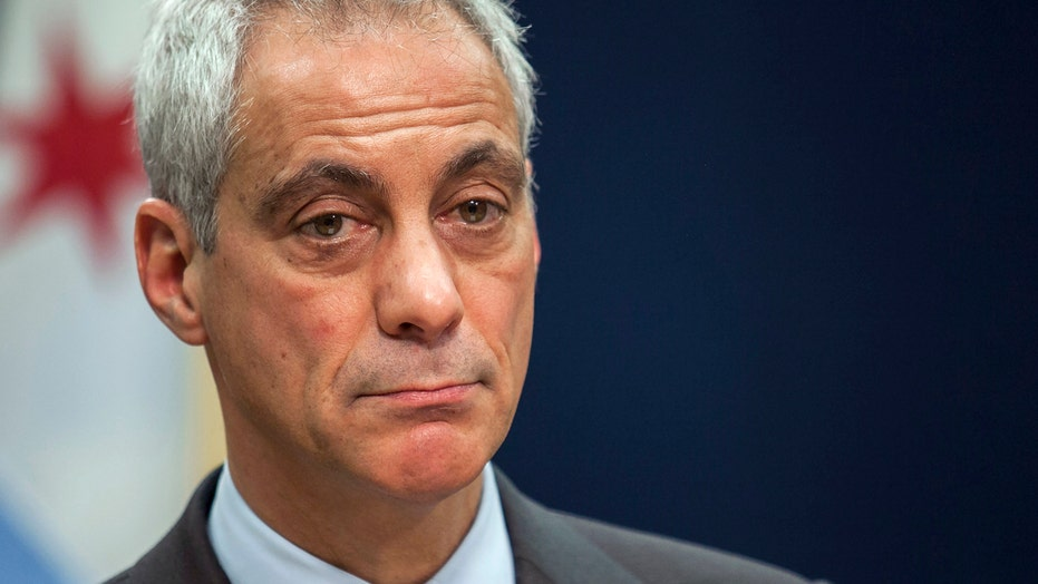 Chicago's mayor called to step down amid police controversy