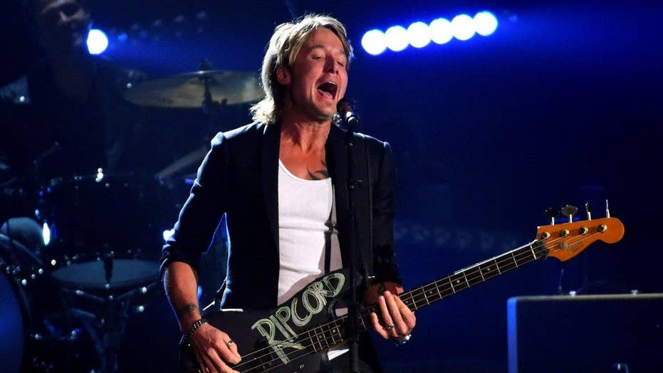 Keith Urban's father dies