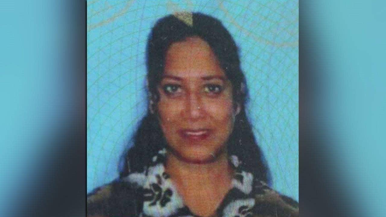Farook took out debt consolidation loan to support San Bernardino massacre: source