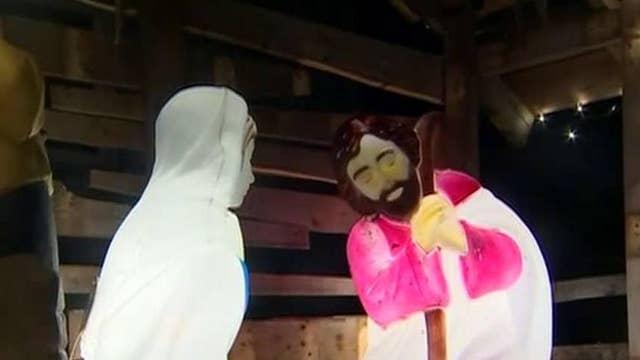 Minnesota town residents respond to nativity removal