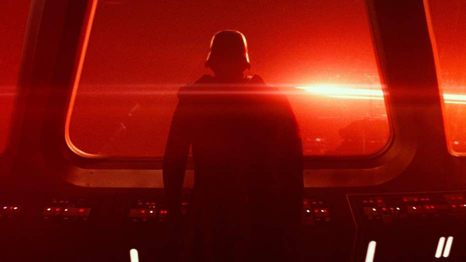 'Star Wars: The Force Awakens' hits theaters