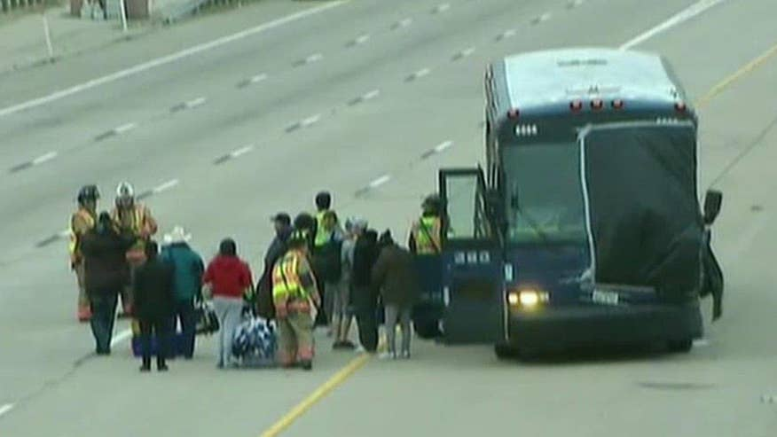 17 hurt in north Texas crash involving Greyhound bus