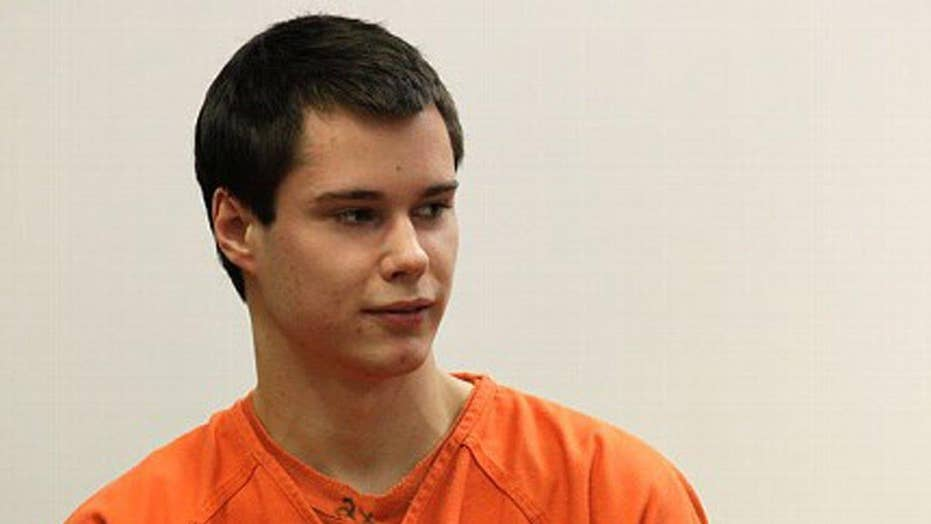 Report: 'Barefoot bandit' details life in prison in new blog