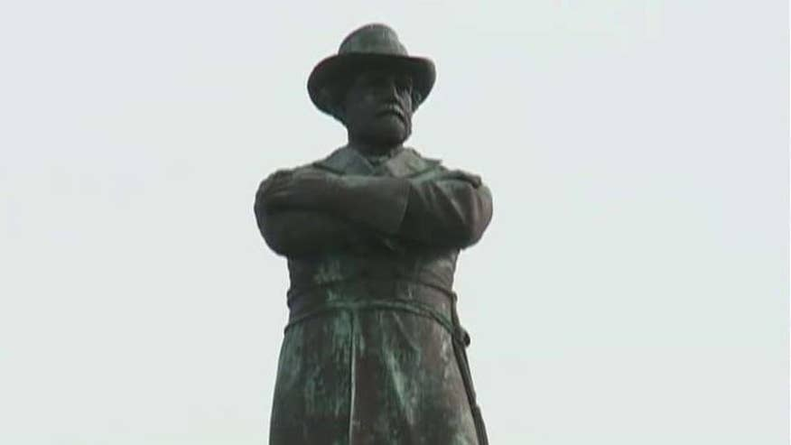 City leaders vote to remove statues of Confederate leaders