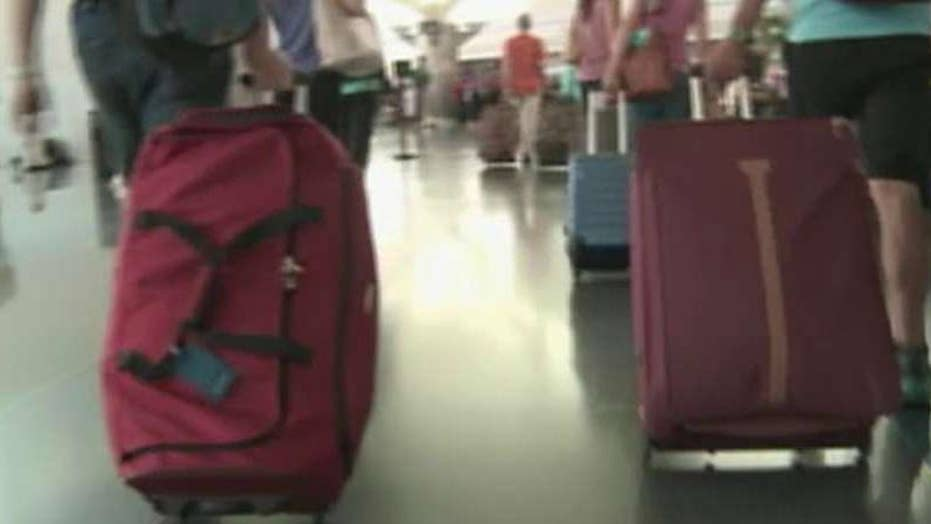Airports offer perks for holiday travelers
