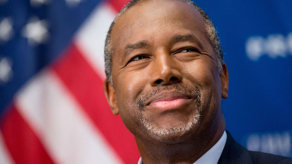 Carson names new campaign manager after two top aides resign
