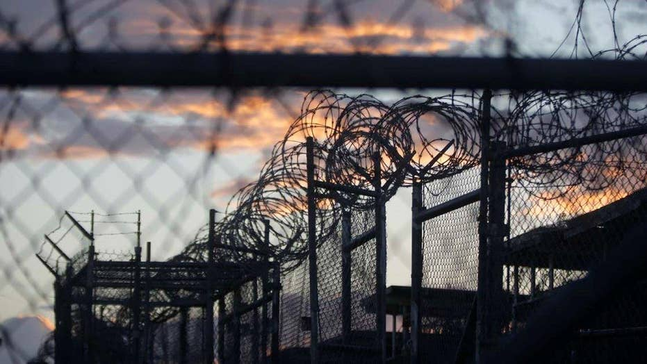 Source: 17 Gitmo detainees to be transferred this week