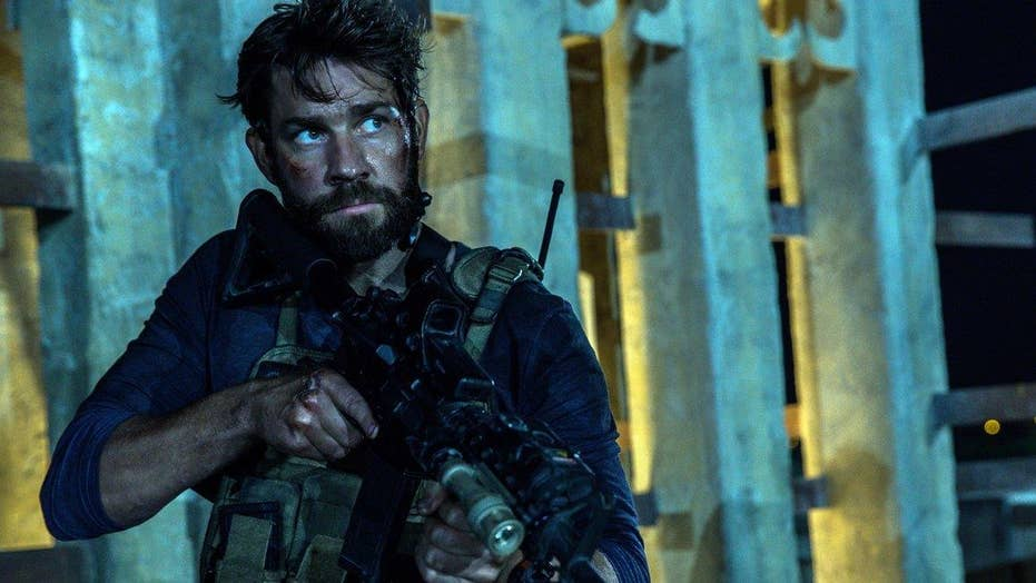 Thousands turn out for '13 Hours' world premiere