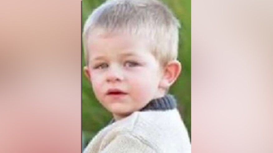 Hundreds look for missing Tennessee boy