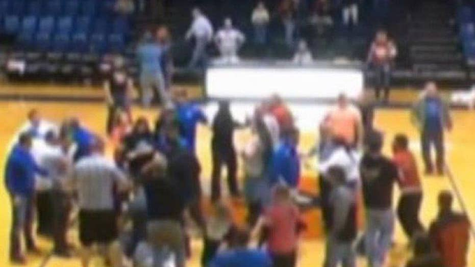 Parents, coach fight at youth basketball game