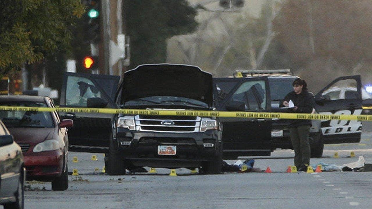 Effort to find San Bernardino terrorists' hard drive, crack encrpyted data, challenges FBI