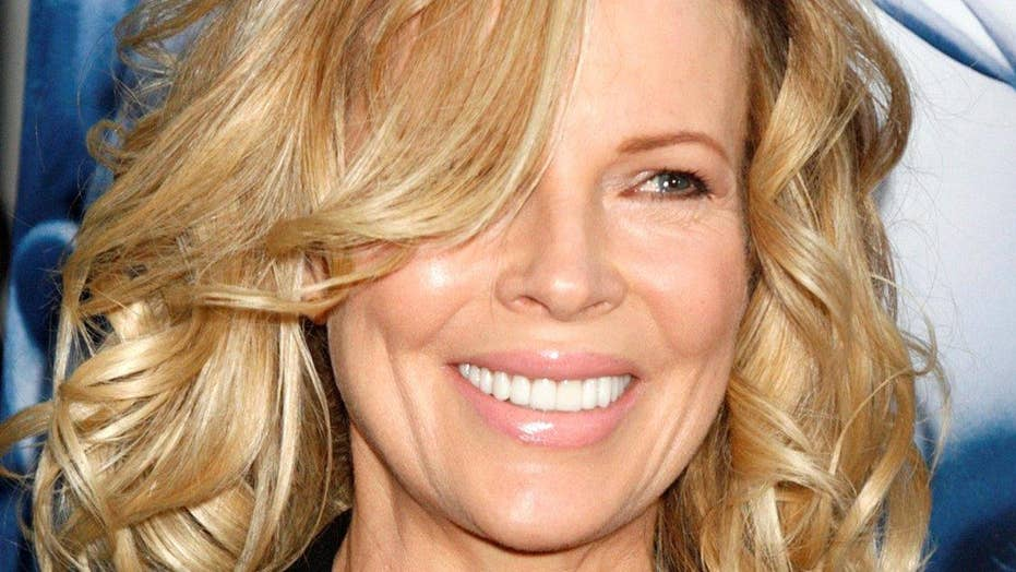 Kim Basinger in '50 Shades' sequel